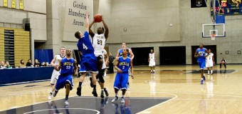 Raiders men's basketball wins third game in a row Friday
