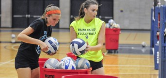 Volleyball team renewing emphasis on academics in 2015 season