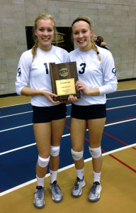 Twins Rosalyn (left) and Audrey Wyse (right) hold the NJCAA Region XII-District F Tournament plaque