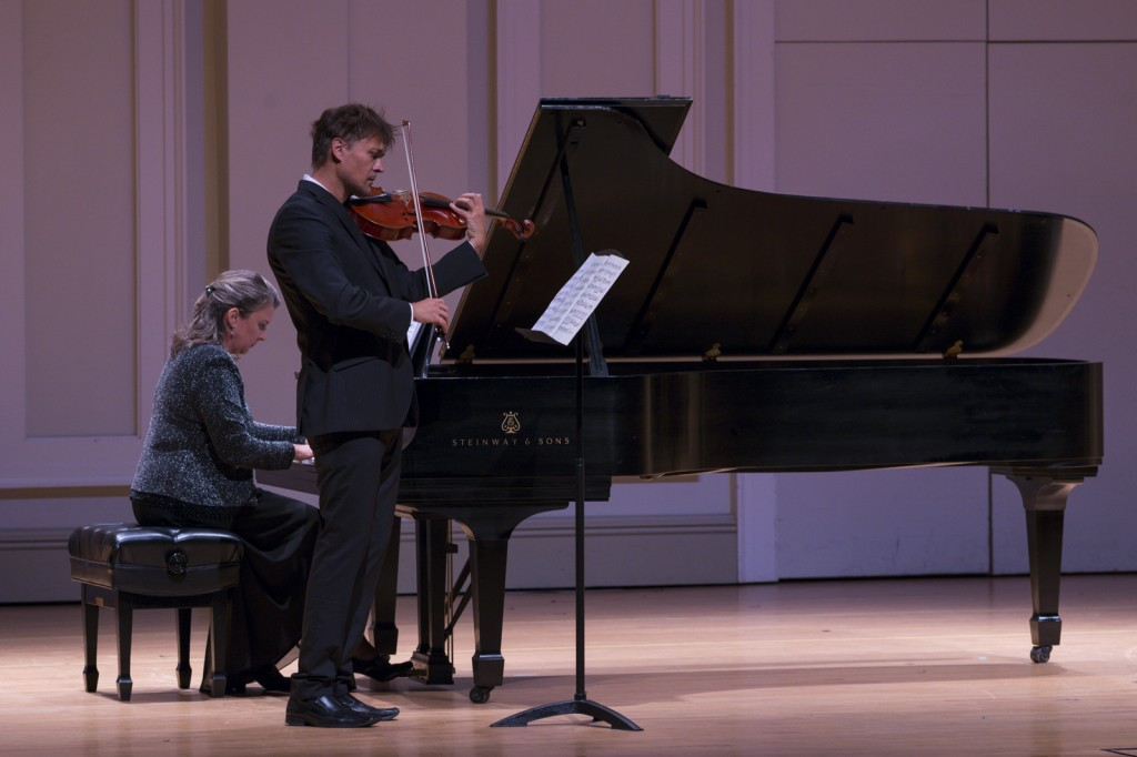 Libor Ondras returned to the stage and performed alongside Sheryl Iott on the piano. Photo by Jonathan D. Lopez