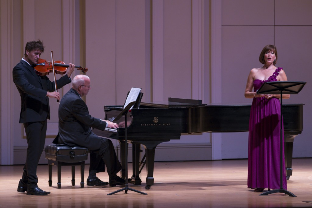 Libor Ondras played a viola next to Kenneth Bos on the piano and Diane Penning. Photo by Jonathan D. Lopez