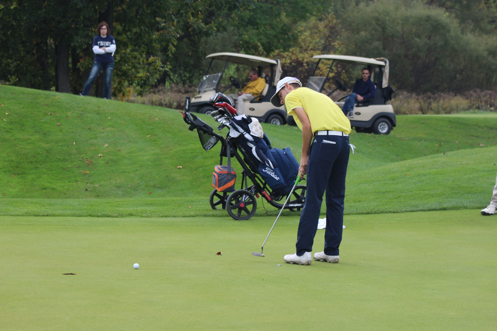 Sophomore Keegan Mulvey puts the green for GRCC.